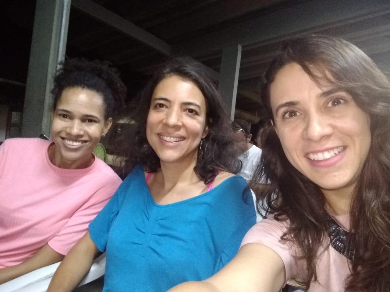 Participantes do Grupo Panecastica: da esquerda para a direita, Proffa Suzanna, Rachel e Ana Beatriz.